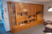 Hochwertige Schrankwand mit Glasvitrinen Neupreis