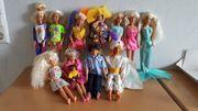 Barbies verschiedene Möbel von den