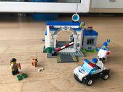 Lego Juniors - Polizei-Station 10675 - gebraucht