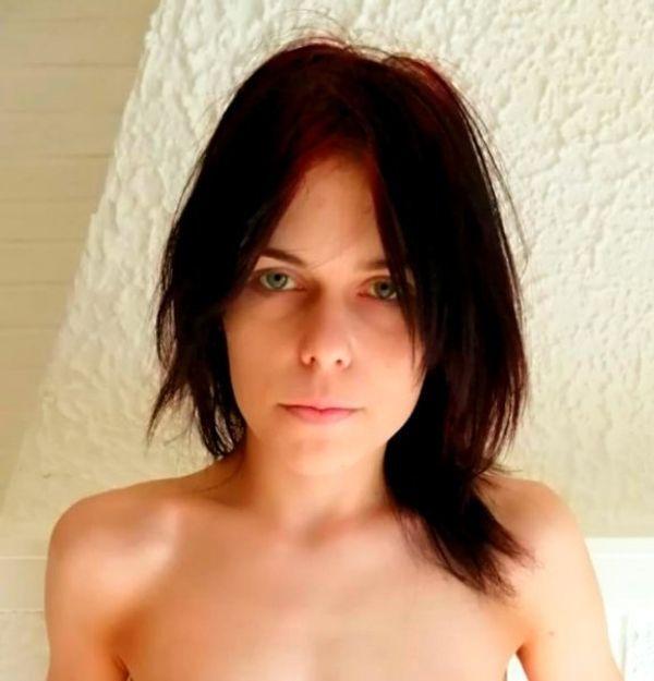 Sara 21 Jahre und Neugierig