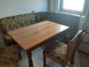 Tisch und Sitzecke