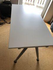 Schreibtisch 140 cm x 60