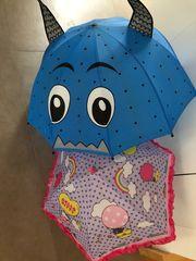 Regenschirm Hello Kitty und Monster