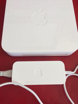 Apple-Airport-Extreme-A 1354 W Lan Router: Kleinanzeigen aus Starnberg - Rubrik DFÜ, Modems, ISDN, DSL