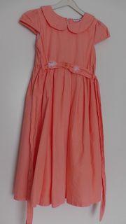 Sehr schönes oranges Sommerkleid