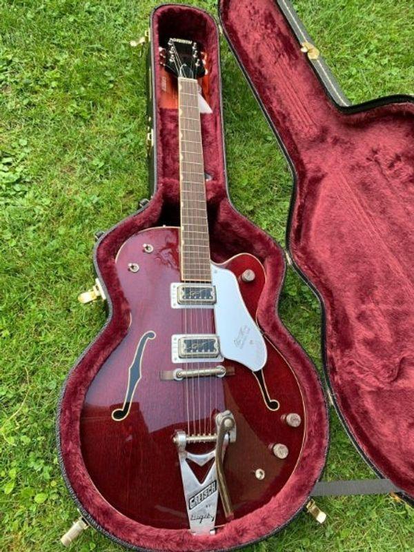 Gretsch G6119-62 Vs Chet Atkins
