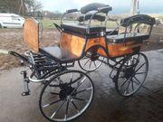Schöne Kutsche Wagonette