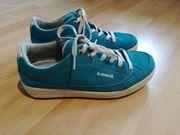 Lowa Trekking Schuhe