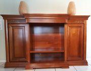 Möbelstück in Kirschbaum