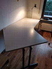 Hochwertigen höhenverstellbaren Schreibtisch abzugeben