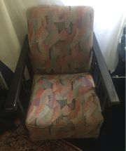 Sessel mit Holzgestell