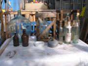 Korb und Glasflaschen VB