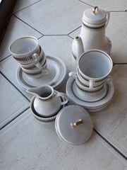 Kaffeegeschirr und Essgeschirr