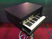 Fender Rhodes Piano Bass 70er
