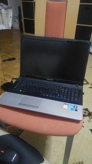 Samsung 17 Notebook NP300E7A mit