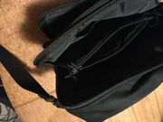 Umhänge - Schulter Tasche in schwarz