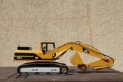 Bagger Eigenbau Cat 325 L