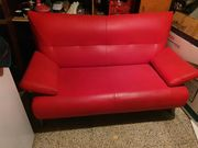 Rote Couch rotes Sofa zu