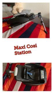 Maxi Cosi Station