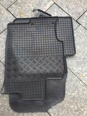 Neue Gummifußmatten für Mazda 6