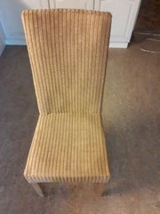2 Stühle zu verschenken