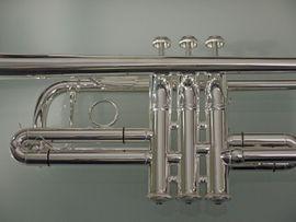 BACH STRADIVARIUS 229 C-Trompete - GENERALÜBERHOLT -: Kleinanzeigen aus Falkensee - Rubrik Blasinstrumente
