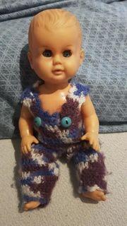 Kleine Schildkröt Puppe aus den