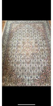 4 Handgeknüpfte Teppiche