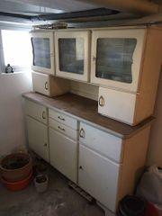 Küchen-Büfett aus Großmutters Zeiten