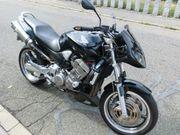 Honda Hornet 900 SC48