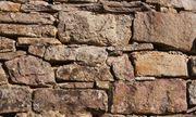 suche alte Ziegelsteine Backsteine oder