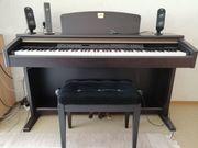 Yamaha Clavinova CLP mit Klavierbank