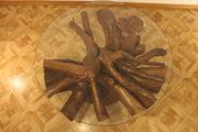 Tisch aus Kirschbaumwurzel