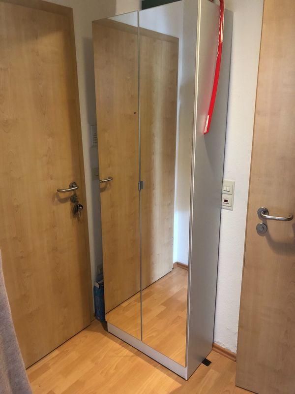 Schrank Weiß Mit Spiegeltüren In Erlangen Schränke Sonstige