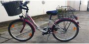 Tolles Fahrrad Mädchen weiß pink