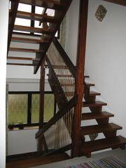 schöne Holztreppenanlage