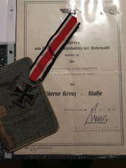 EK2 mit Verleihungsurkunde und Soldbuch