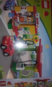 Lego Tankstelle mit Shop