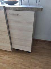 Diverse Küchenmöbel Kühlschrank Abzugshaube zu
