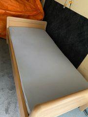 Einzel Bett mit elektrische Lattenrost