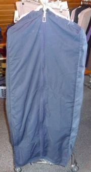 Professionelle Kleidersäcke gebraucht und repariert