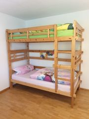 Hochbett aus Holz inklusive 2