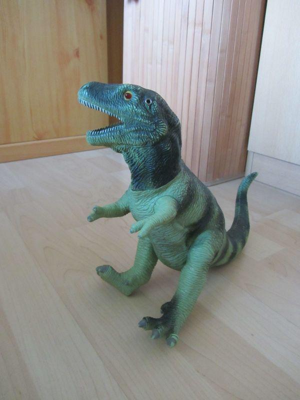 Dinosaurier mit Geräusch