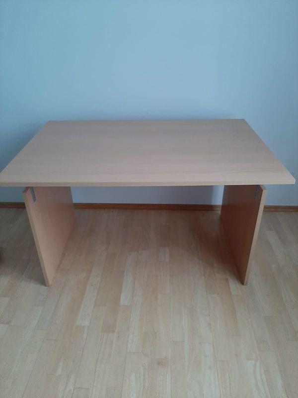 sehr schöner Büro Schreibtisch mit