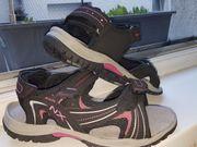 Mädchen-Sandale NEU Gr 37