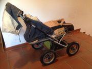Kinderwagen mit Trageschale