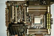 PC Motherboard Asus Sabertooth x79
