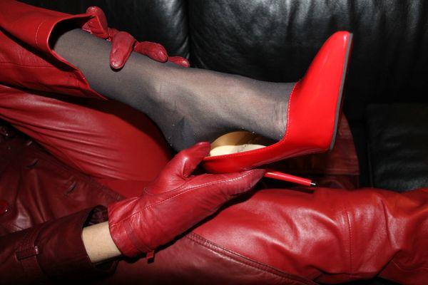 Highheels Pumps Nylons Socken Stiefel