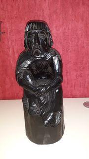 Holzfigur schwarz