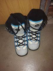Snowboard Schuhe deeluxe